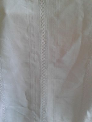 Tablecloth 58x102 for Sale in Franklin, NJ