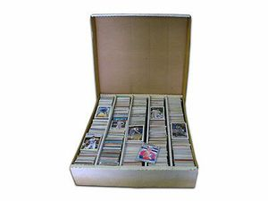 10thousand baseball bball football and hockey cards rookies inserts for Sale in Wichita, KS