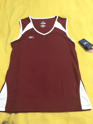 Women's Medium Marroon and White VolleyBall Jersey for Sale in Harrisburg, SD