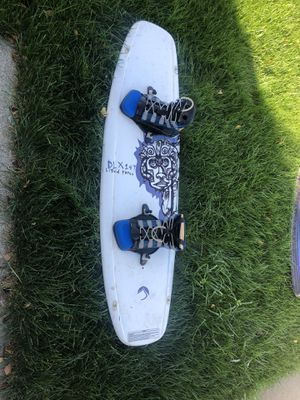 Liquid Force Wake Board DLX 147 for Sale in Vacaville, CA
