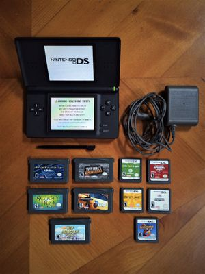 Nintendo DS Lite Onyx Black Gaming System + Case + Charger + 10 Games for Sale in Woodstock, GA