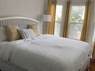King Bed Frame And Mattress And Box spring for Sale in San Francisco,  CA