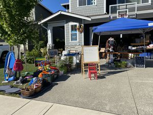 Toys, all ages clothes, households for Sale in Puyallup, WA