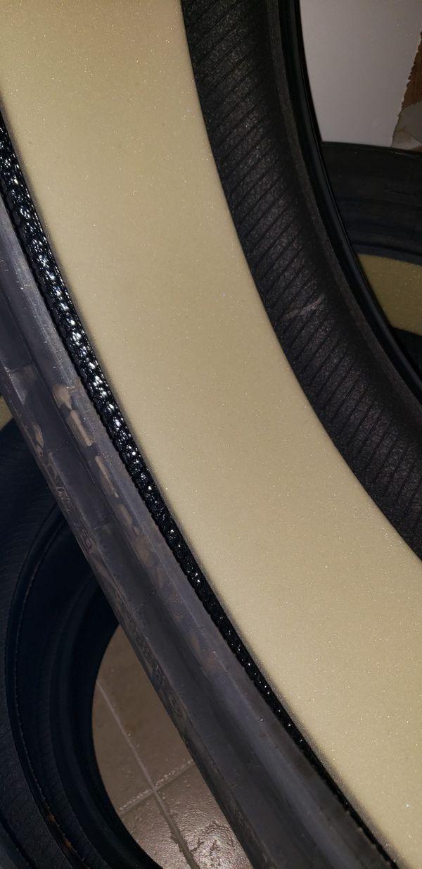 Brand new tires 245 45 18 Run Flat