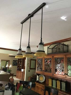 Kitchen Island Pendant Light for Sale in Hudson, OH
