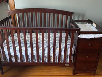 Baby Crib, Rarely Used And Mattress Included for Sale in Normal,  IL