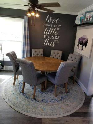 Dining set with 6 chairs and rug for Sale in Spanish Fork, UT