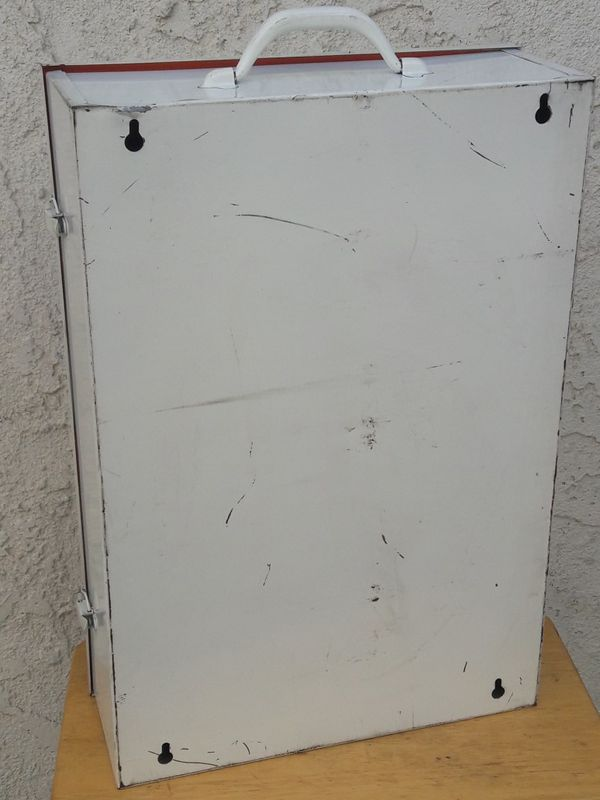 Medicine cabinet locker - metal