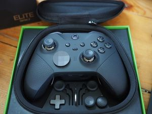 Xbox pro elite controller for Sale in Hickory, KY