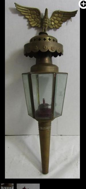 Antique oil lamp for Sale in Vandergrift, PA