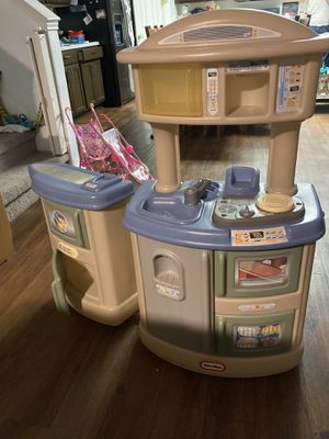 Little tikes kitchen for Sale in Kyle, TX