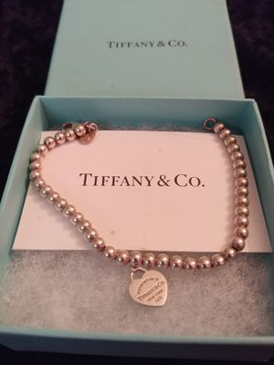 Tiffany & CO BEADED BRACELET for Sale in TWN N CNTRY, FL