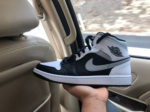 Air Jordan 1 Mid size 10 for Sale in Los Angeles, CA