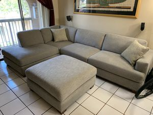 Almost new sofa set from Costco for Sale in Hialeah, FL