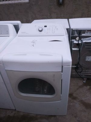 Whirlpool dryer for sale i sel washer n dryer. Se habla eapanol for Sale in Peoria, AZ