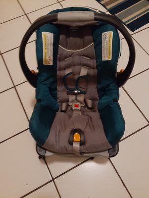 Chicco Car Seat w/Base for Sale in Bradenton, FL