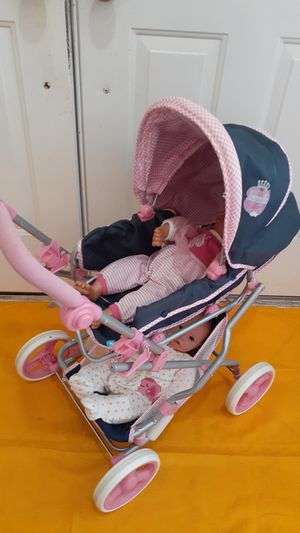 Hauck clasicc stroler for doll with 2 dolls for Sale in Hialeah Gardens, FL