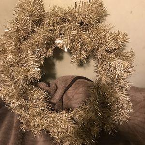 "!! Holiday Wreath "" Gold"" for Sale in San Fernando, CA"