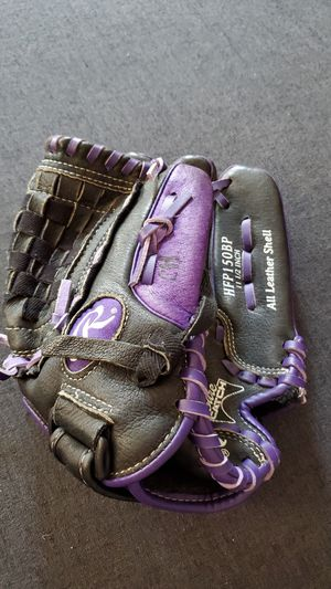 Rawlings 11 1/2 inch softball glove for Sale in Fort Meade, MD