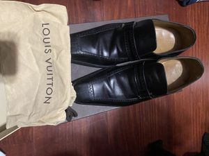 Men shoes size 9.5 for Sale in Los Angeles, CA