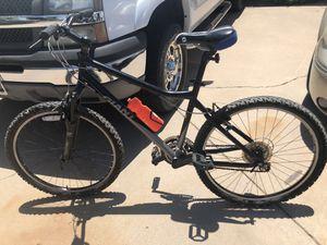 Giant mountain bike (frt suspension) boulder model for Sale in Phoenix, AZ