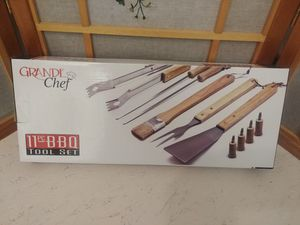 BRAND NEW! Grande chef 11 piece bbq tool set! for Sale in Bellingham, WA