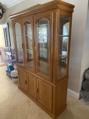 REAL OAK dining room table and curio cabinet for Sale in Corona, CA
