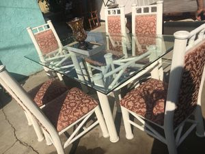 Dining table for Sale in Chino Hills, CA