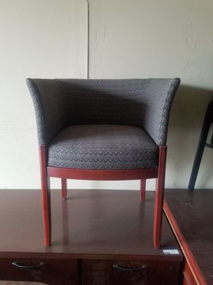 Side chair $25 (good condition) for Sale in Houston, TX