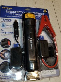 Emergency Car Jumpstarter With Flashlight for Sale in Houston,  TX