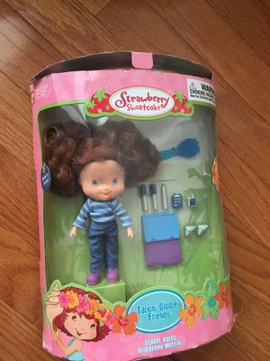 NEW Strawberry Shortcake Blueberry Muffin doll for Sale in Herndon, VA