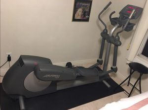 Commercial Grade Elliptical Exercise Machine for Sale in Virginia Beach, VA