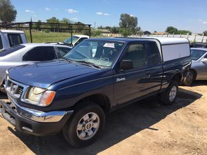2000 Nissan Frontier For Parts ONLY! for Sale in Fresno, CA