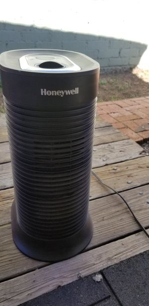 Honeywell air purifier for Sale in San Diego, CA