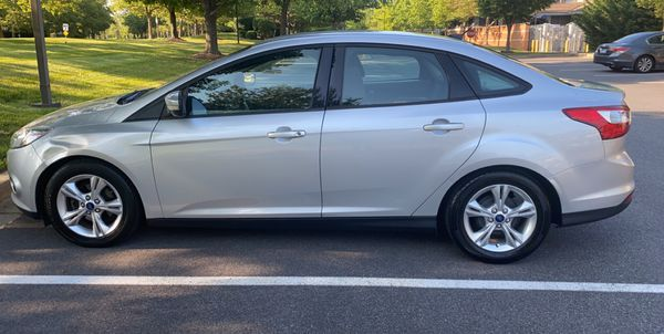 Ford Focus 2013 SE. YES STILLL Available