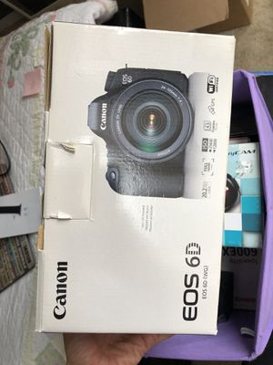 Canon 6D - body only for Sale in Los Angeles, CA