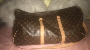 Louis Vuitton Luggage Bag for Sale in Dunedin, FL