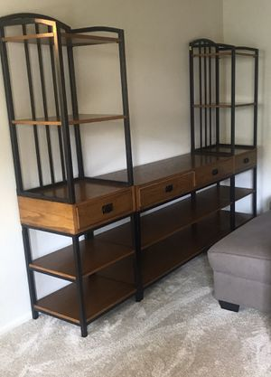 3 piece wall unit for Sale in Fullerton, CA