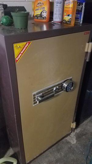 Diplomat fire resistant safe for Sale in Eustis, FL