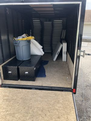 2018 enclosed cargo trailer for Sale in Elk Grove Village, IL
