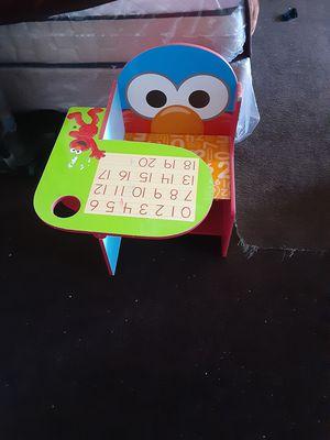 Kids desk for Sale in Huntington Park, CA