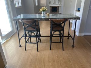 High Top kitchen table with chairs for Sale in Mission Viejo, CA