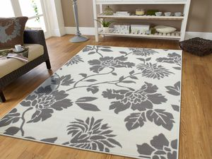 Gray & White flower area rug 5x8 for Sale in Baltimore, MD
