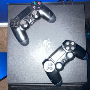 1 Controller PS4 Pro for Sale in Philadelphia, PA
