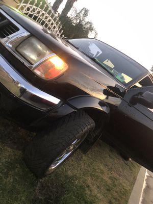 2000 Nissan Frontier for Sale in Nuevo, CA