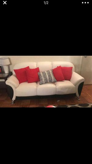 Leather couch for Sale in Brentwood, MD