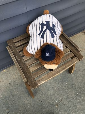 New York Yankees XL Pet Pal for Sale in Suffolk, VA