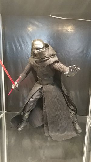 Hot Toys 1:6 scale Kylo Den (TFA) for Sale in Las Vegas, NV