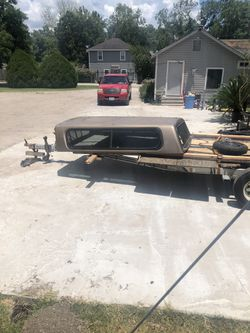 Camper shell 150 for Sale in Houston,  TX