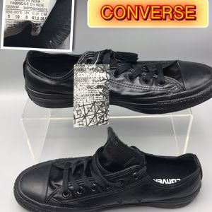 Converse UNISEX Black shine sneakers Men's 8 Women's 10 for Sale in Tinton Falls, NJ